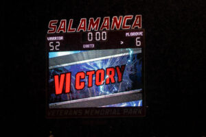 Salamanca 52, Maple Grove 6